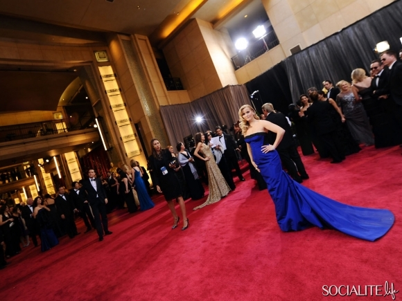 reese-witherspoon-oscars-02242013-09-580x435